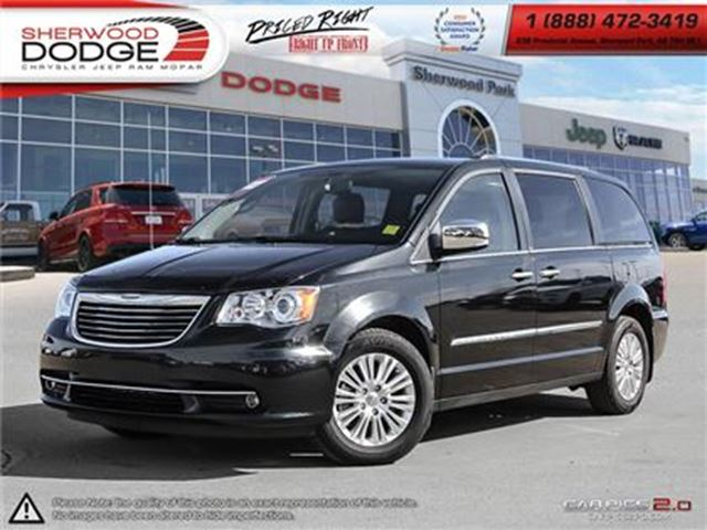 2014 CHRYSLER TOWN AND COUNTRY Limited  DVD  BACK UP CAMERA  SUNROOF in Sherwood Park, Alberta