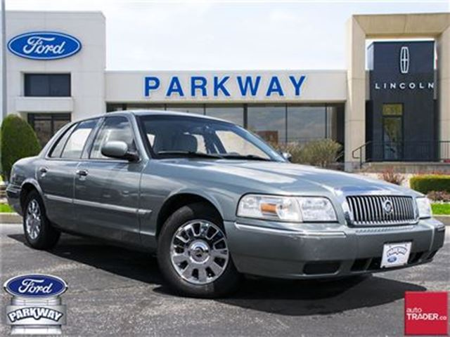 2006 MERCURY GRAND MARQUIS LS  LEATHER  AIR CONDITIONING  POWER SEATS in Waterloo, Ontario
