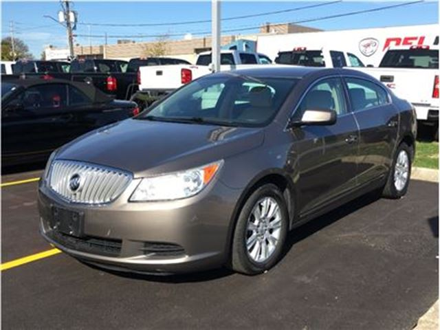 2012 BUICK LACROSSE One owner, accident free in Mississauga, Ontario