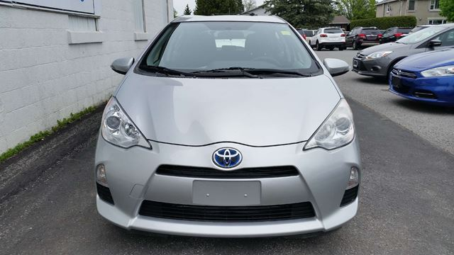 2012 toyota prius technology richmond ontario car for sale 2769638. Black Bedroom Furniture Sets. Home Design Ideas