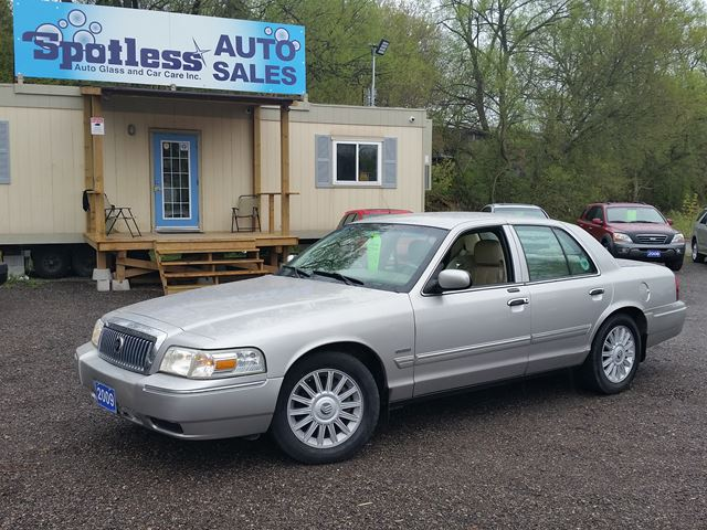 2009 MERCURY GRAND MARQUIS LS Ultimate in Whitby, Ontario