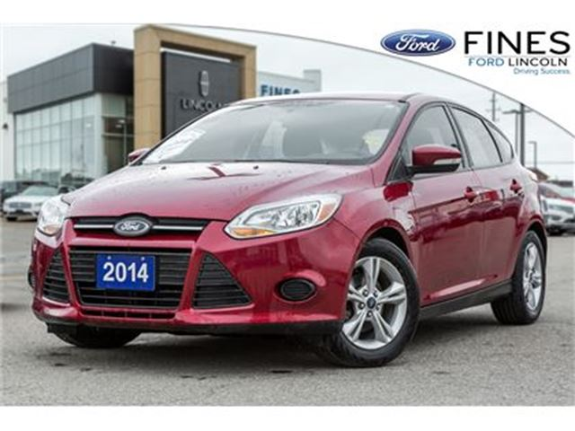 2014 FORD Focus SE - HATCHBACK, HEATED SEATS & ALLOYS! in Bolton, Ontario