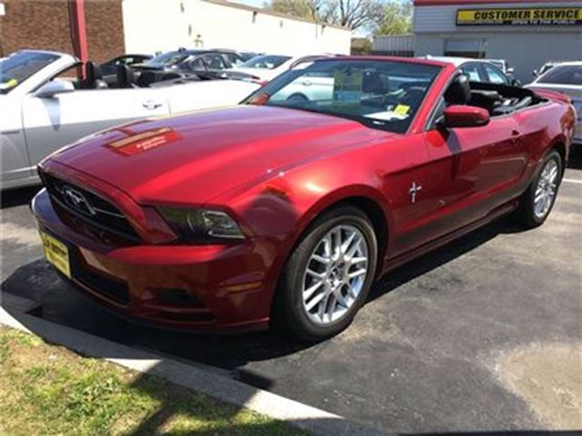 2014 Ford Mustang V6 Premium, Automatic, Convertible, Only 15, 000km in Burlington, Ontario