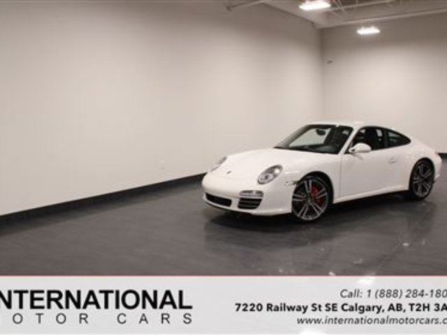 2010 PORSCHE 911 C4S COUPE! 6 SPEED MANUAL in Calgary, Alberta