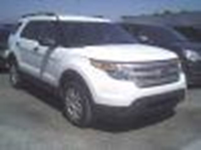 2013 Ford Explorer ++ 7 PASSAGERS ++ v-6 ++ 4x4 ++ in Longueuil, Quebec