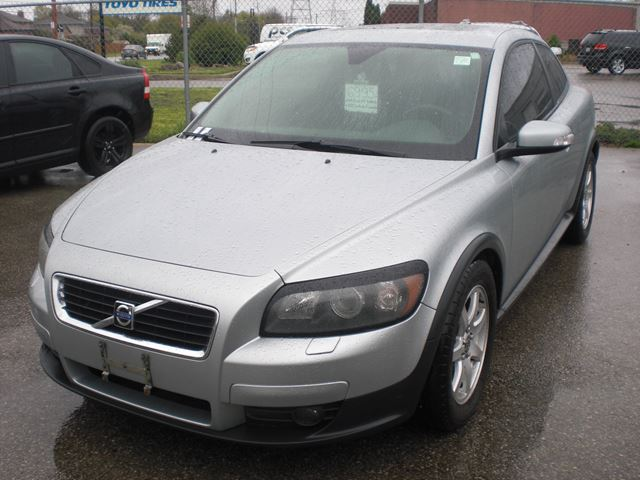2009 Volvo C30 2.4i in London, Ontario