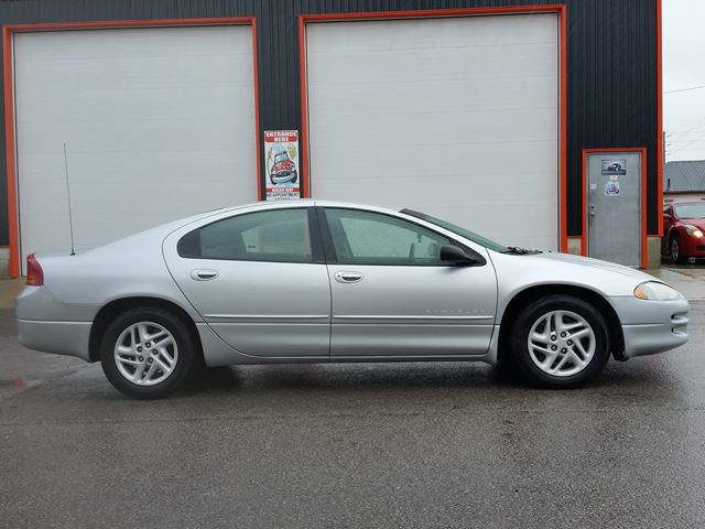 2000 Chrysler Intrepid ES in Jarvis, Ontario
