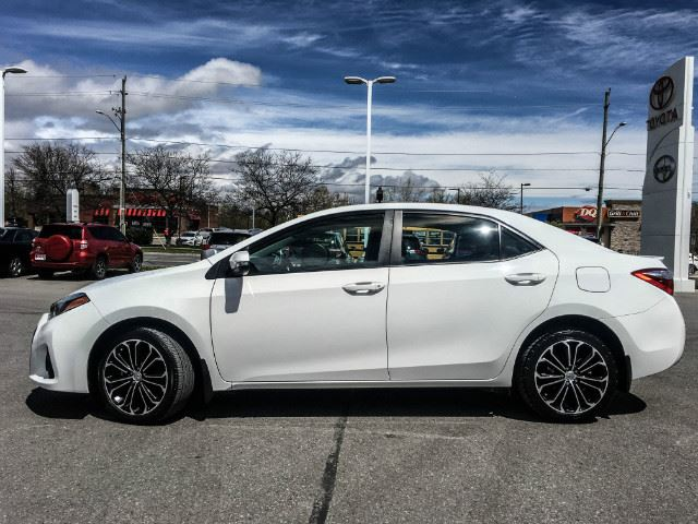 used 2014 toyota corolla s tech xtra warranty 100 000 kms cobourg. Black Bedroom Furniture Sets. Home Design Ideas