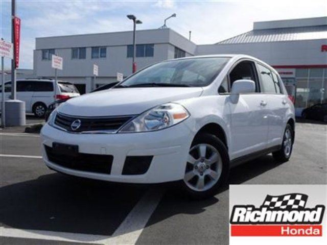 2012 Nissan Versa SL HATCH! 6 Months Powertrain Warranty! in Richmond, British Columbia