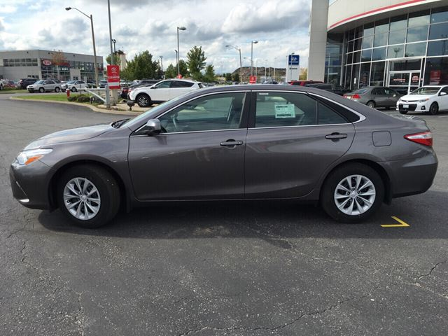 used 2017 toyota camry brampton. Black Bedroom Furniture Sets. Home Design Ideas