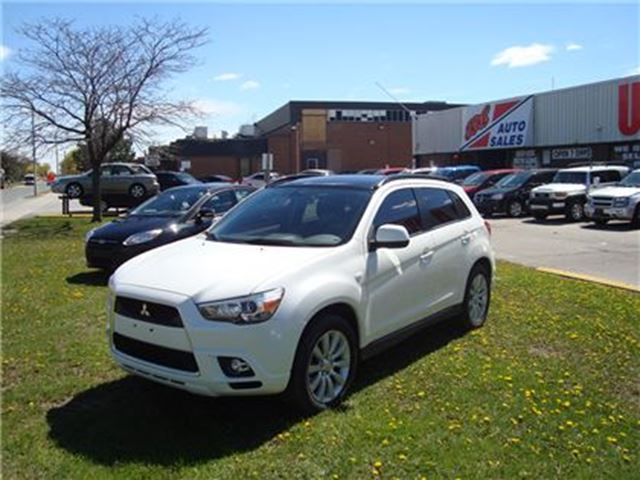 2011 MITSUBISHI RVR GT ~ 4x4 ~ HEATED SEATS ~ PANORAMIC ROOF ~ in Toronto, Ontario