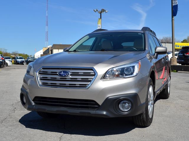 2015 SUBARU OUTBACK 2.5i in St Catharines, Ontario