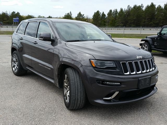 used 2015 jeep grand cherokee srt 4x4 orillia. Black Bedroom Furniture Sets. Home Design Ideas