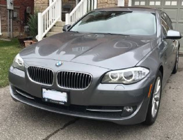 2013 BMW 5 Series 4dr Sdn 528i xDrive AWD in Mississauga, Ontario