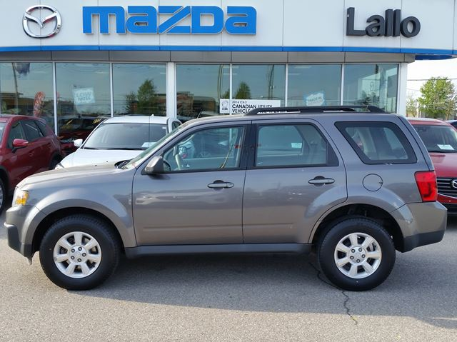 2011 MAZDA TRIBUTE GX 4WD in Brantford, Ontario