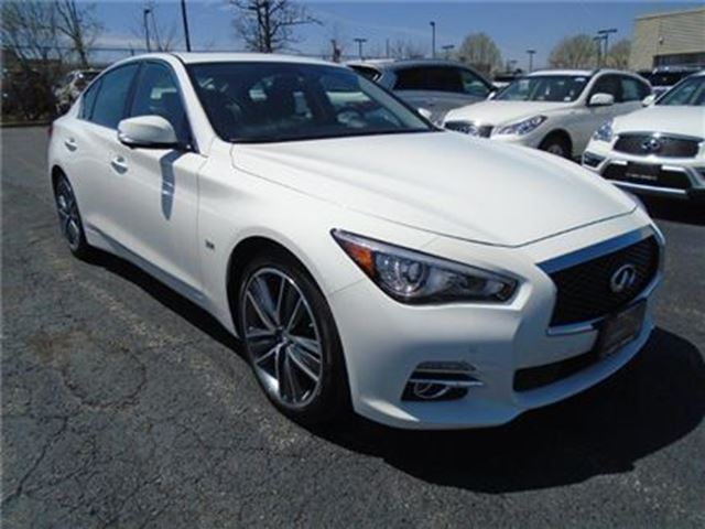used 2017 infiniti q50 v 6 cy 300hp tech pkg demo sale. Black Bedroom Furniture Sets. Home Design Ideas