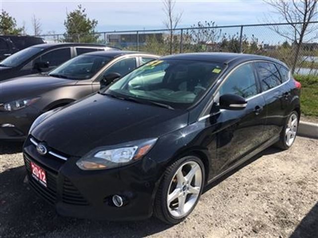 2012 Ford Focus TITANIUM! 2.0L NEW ARRIVAL!, CONTACT US NOW! in Barrie, Ontario
