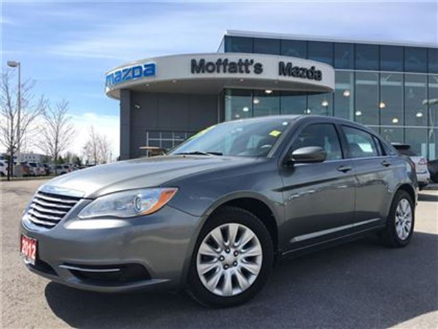 2012 CHRYSLER 200 LX 2.4L 4 Cylinder, great first car! in Barrie, Ontario