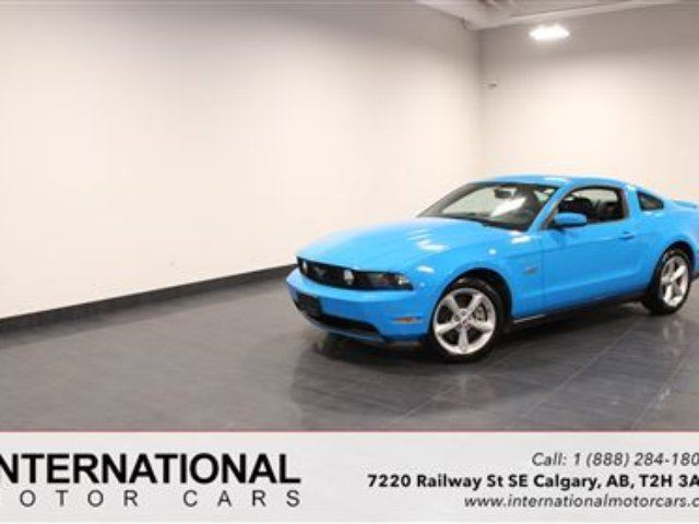 2011 Ford Mustang GT 5.0 LITRE! LOW KMS! in Calgary, Alberta