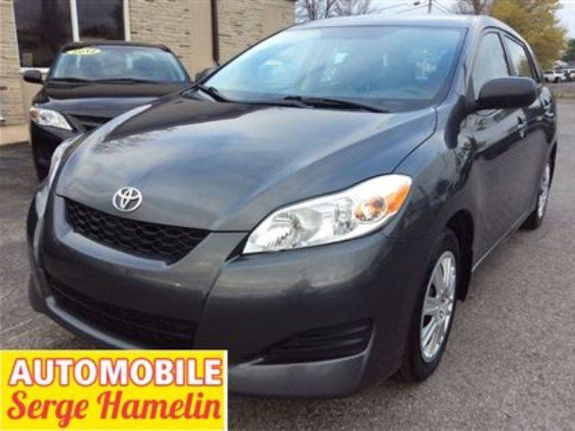 2011 Toyota Matrix Base in Chateauguay, Quebec