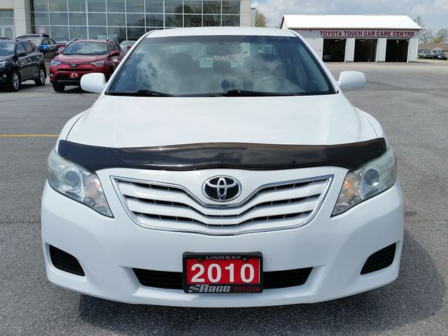 2010 toyota camry le lindsay ontario car for sale 2774845. Black Bedroom Furniture Sets. Home Design Ideas