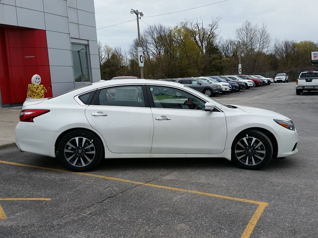2017 nissan altima 2 5 sl orillia ontario car for sale. Black Bedroom Furniture Sets. Home Design Ideas