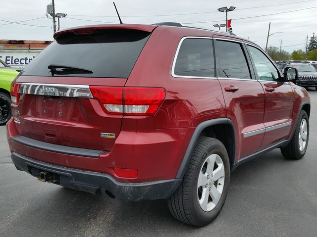 used 2012 jeep grand cherokee laredo 4x4 v6 remote. Black Bedroom Furniture Sets. Home Design Ideas