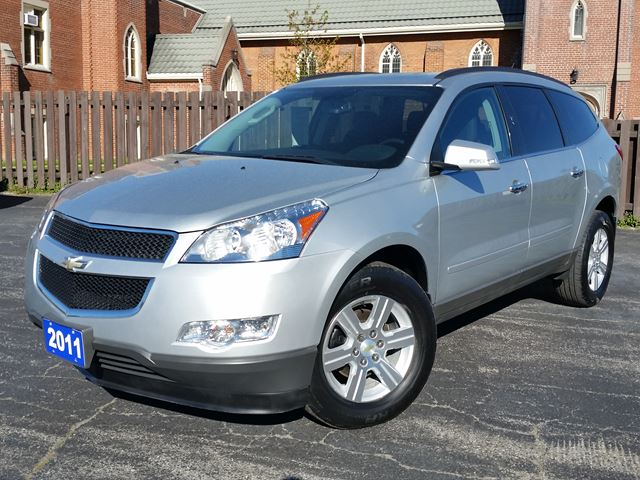 2011 Chevrolet Traverse 1LT,8 PASSENGER,POWER SEAT,REMOTE-START,REAR-AC,ALLOY RIMS,REVERSE BACKING SYSTEM,XM-RADIO in Dunnville, Ontario