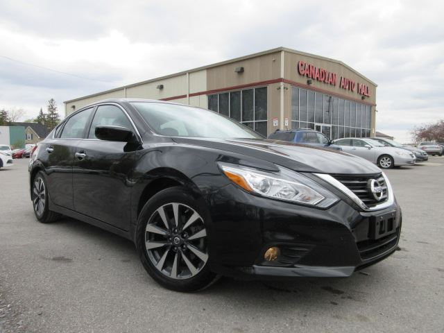2016 nissan altima sv roof htd seats bt 26k black canadian auto mall. Black Bedroom Furniture Sets. Home Design Ideas