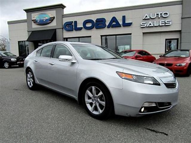 2013 ACURA TL 6-Speed AT with Tech Package and 18-In. WP in Ottawa, Ontario