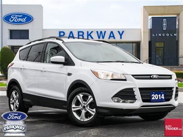 2014 Ford Escape SE FWD  BLUETOOTH  BACKUP CAMERA  HEATED SEATS in Waterloo, Ontario