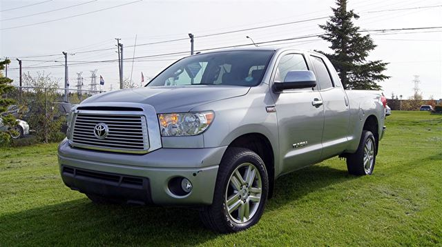 2013 TOYOTA TUNDRA LIMITED* CREW CAB * 5.7 V8 * 4WD * NAVIGATION in Woodbridge, Ontario