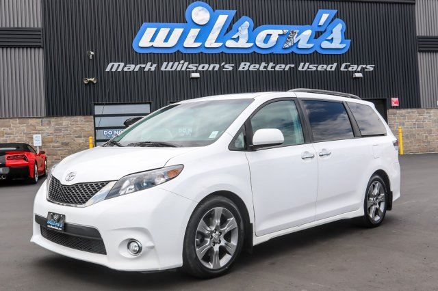 2014 TOYOTA SIENNA SE $143/WK, 4.74% ZERO DOWN! SPORT! 8 PASSENGER! DVD PLAYER! HEATED SEATS! REAR CAMERA! BLUETOOTH! in Guelph, Ontario
