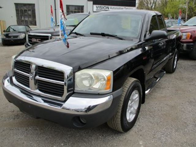 2005 Dodge Dakota POWER EQUIPPED SLT MODEL 4 PASSENGER 3.7L ENGIN in Bradford, Ontario