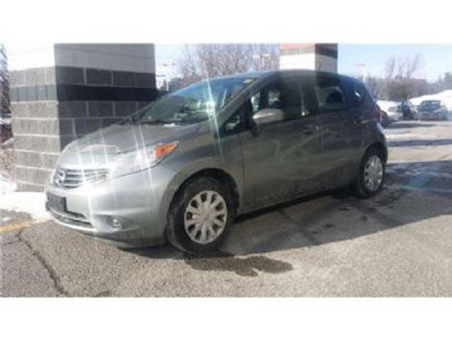 2015 Nissan Versa 5dr HB Auto 1.6 SL in Mississauga, Ontario