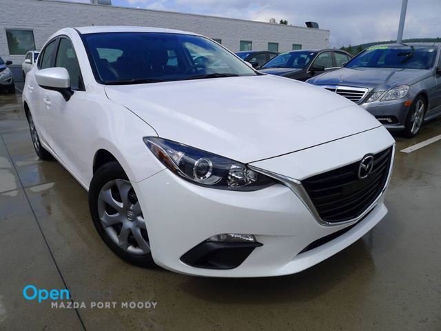 2014 MAZDA MAZDA3 GX-SKY M/T Local One Owner Bluetooth AC USB AUX in Port Moody, British Columbia