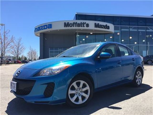 2013 MAZDA MAZDA3 GX AUTOMATIC, A/C, A PERFECT FIRST CAR! in Barrie, Ontario