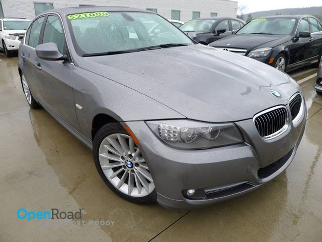 2011 BMW 3 SERIES 335d A/T RWD Bluetooth Leather Sunroof Navi Cur in Port Moody, British Columbia