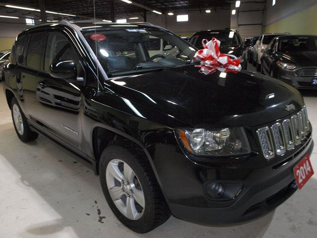 used 2014 jeep compass north leather vaughan. Black Bedroom Furniture Sets. Home Design Ideas