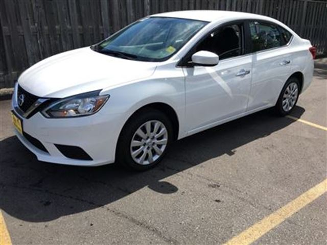 2016 NISSAN SENTRA S, Automatic, Bluetooth, Only 45,000km in Burlington, Ontario