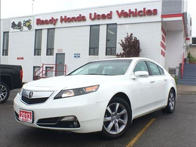 2013 Acura TL w/Tech Pkg - Navigation - Leather in Mississauga, Ontario