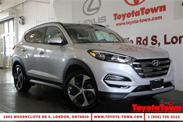 2017 HYUNDAI TUCSON 1.6T SE AWD LEATHER PANO ROOF BLIND SPOT MONITOR in London, Ontario