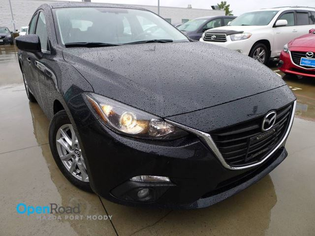 2014 MAZDA MAZDA3 GS-SKY HB A/T One Owner Local Bluetooth Heated  in Port Moody, British Columbia