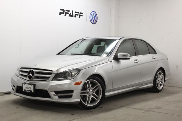 2012 MERCEDES-BENZ C-CLASS 4dr Sdn C300 4MATIC in Newmarket, Ontario