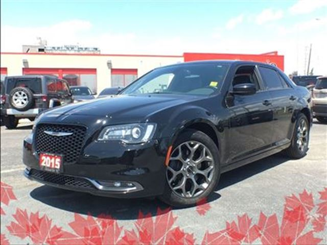 2015 Chrysler 300 S**AWD**LEATHER**SUNROOF**NAVIGATION** in Mississauga, Ontario