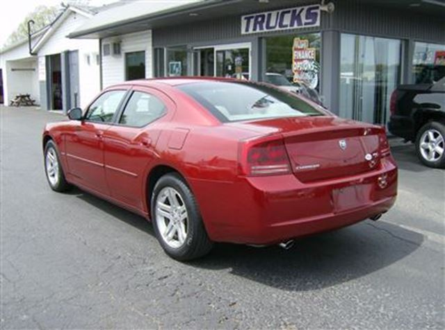 2006 Dodge Charger RT HEMI POWER !!! COOL !! in Welland, Ontario