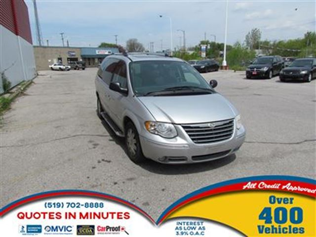 2005 CHRYSLER TOWN AND COUNTRY LIMITED   FULLY LOADED   AS-IS SPECIAL in London, Ontario