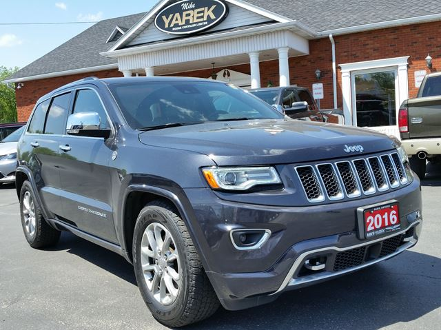 2016 Jeep Grand Cherokee Overland 4x4, Leather Heated Seats, DVD, Trailer Tow, Safety Tech, NAV, Pano Roof in Paris, Ontario
