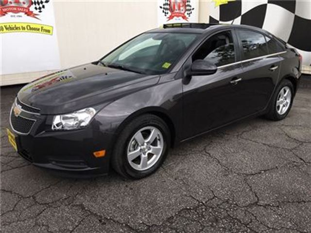 2014 CHEVROLET CRUZE 2LT, Automatic, Navigation, Leather, Only 34,000km in Burlington, Ontario