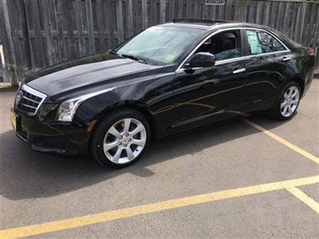 2014 CADILLAC ATS Automatic, Leather, Sunroof, AWD, Only 33, 000km in Burlington, Ontario